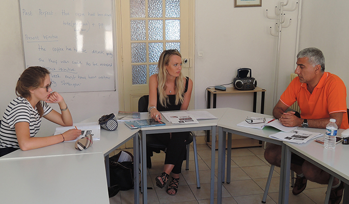 General French Courses in Cannes or Nice